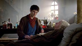 4x07-The-Secret-Sharer-Promo-Photo-merlin-on-bbc-28661111-2560-1441